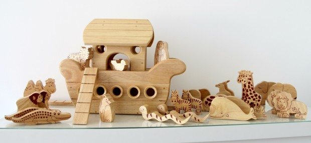 Natural wood Noah's Ark Boat 2