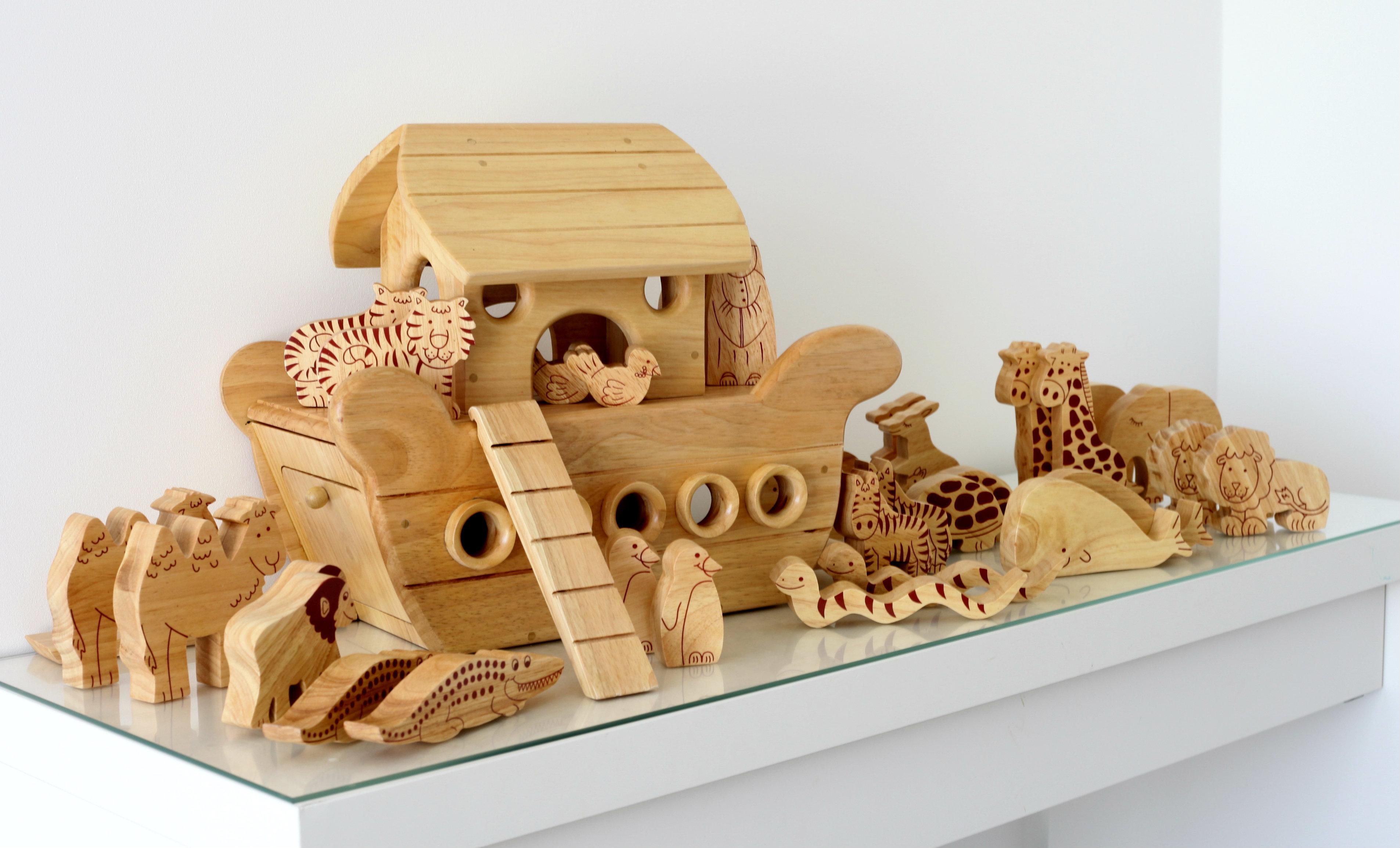 Natural Wood Noahs Ark Boat